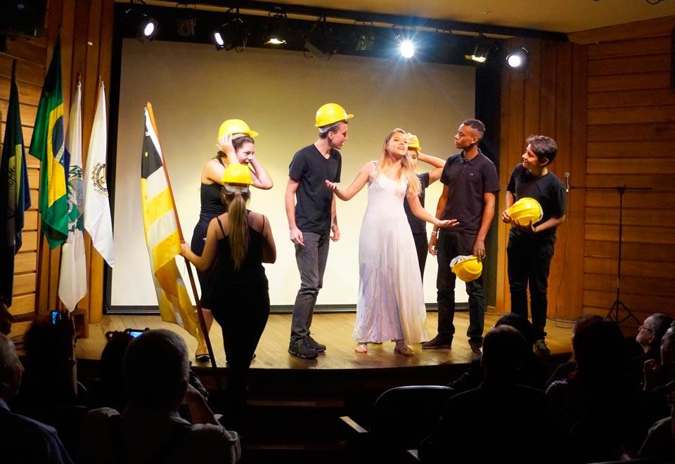 Cerimônia de Posse no GACEMSS II - Grupo Teatral Arte em Cena